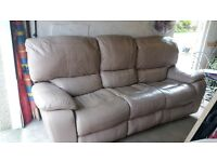 Leathet Recliner Sofa