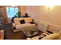 Excellent 2 bedrooms first floor purposed built flat in Chadwell Heath -- No DSS please--