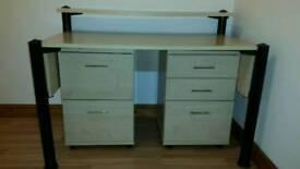 Desk & 2 filing/Drawer units.