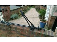 Thule 530 roof mounted bicycle carrier