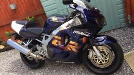 RARE & SOUGHT AFTER, ABS PRISTINE CONDITION!! HONDA FIREBLADE 1998 ONLY 12K ON THE CLOCK!!! MUST GO