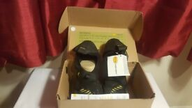 4) Vibram 5 Fingers Mens Signa Water Shoes BRAND NEW 13M0201 Black/Yellow 9 UK, 43 EU