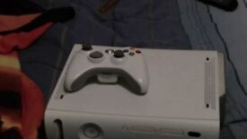 xbox 360 perfect condition comes with console