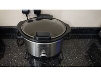 Crock-Pot CSC044 3.5L Stainless Steel Slow Cooker with Hinged Lid