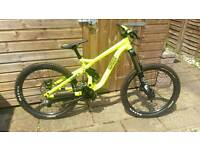 Commencal Supreme FR 2013 Downhill/freeride