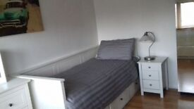 Bright Double Room in House Share