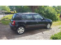 2004 Renault clio black clutch changed recently
