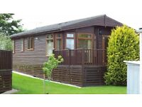 Superb Pine Holiday Lodge on Devon/Cornwall Border