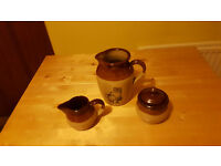 Classic and original 3 piece Earthenware set. Bargain at £2!