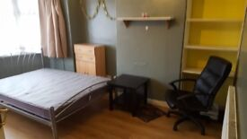 SHORT TERM RENTAL OF DOUBLE ROOM IN LONDON (WEMBLEY)