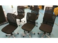 6 Black mesh back office/desk/computer chairs £45 each