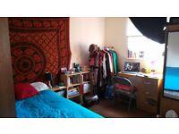 1 double bedroom, Burley Road, £190 pm