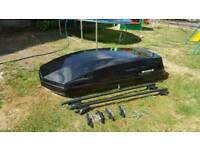 Halfords Exodus 580 Litre roof box made by Thule