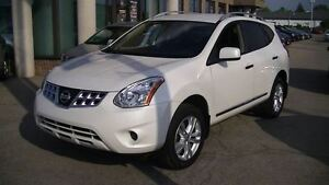 2012 Nissan Rogue SV AWD WITH BACK-UP CAMERA, HEATED SEATS