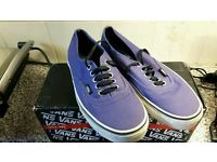 Bargain VANS size 6 trainers only worn a couple of times boxed