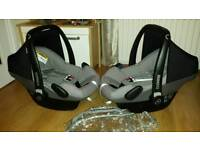 2 x maxi cosi pebble grey carseats + pvc car seat raincovers £35 each