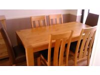 Debenhams solid oak table 4 chairs 2 carver chairs