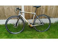Raleigh SF 3.0 Airlite singlespeed/ fixie hybrid bike- Carbon forks, alexrims etc