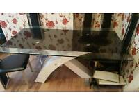 Dining table with 6 chirs