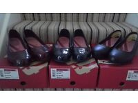 fitflop ladies ballerina shoes.size 7. one black leather,one patent. hardly worn and still boxed.