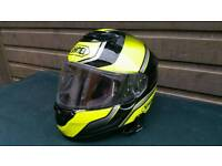 Shoei Qwest helmet in very good condition! with bracked for scala ride!r!can deliver