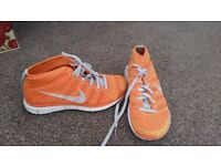 Mens trainers size 7