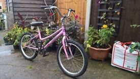 girls childs kids bike pink cycle works perfect and looks great