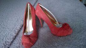 Faith ladies coral shoes size 5