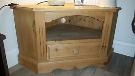 Solid wood corner TV unit with shelf and drawer
