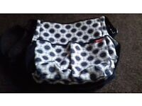 Skip hop changing bag. Good used condition