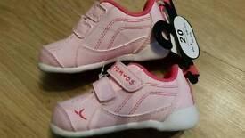 Girls Domyos Pink trainers UK 3.5 / Euro 20