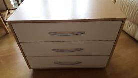 2 Pieces 3 Drawers