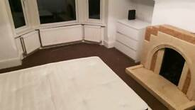 Large double room, city centre area.