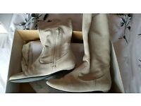 Faith suede boots size 5