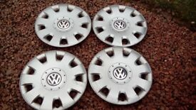 Volkswagon Touran Set of 4 Hub Caps (16.5 inches) and fasteners