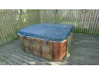 5 person Hot tub for sale. NOW SOLD PENDING PAYMENT