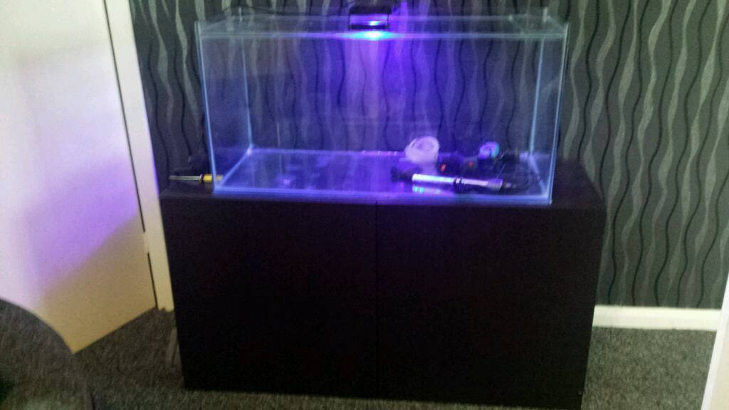 3ft tank & 4ft cabinet