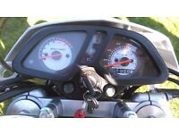 Sinnis apache 125cc in white
