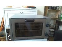Convection oven brilliant condition used few times only !