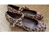 Ladies Size 6 Shoes New