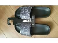Slydes size 7