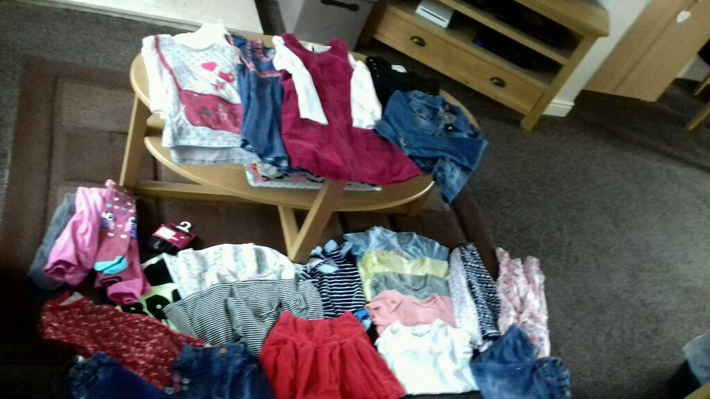 Girls 5-6 years clothes excellent condition.