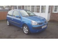 LOOK 2004 RENAULT CLIO 1.2 DYNAMIQUE LONG MOT FULL HISTORY DRIVES GREAT PART EXCHANGE WELCOME