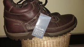 CLARKS MENS BOOTS