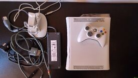 Microsoft Xbox 360 console bundle with accessories and games USED (X360B1)