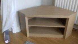 Corner TV Unit with Shelf. Excellent Condition Oak Effect