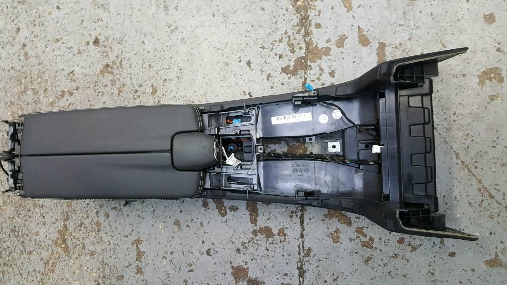 MERCEDES E220 W212 CENTRAL CONSOLE ARMREST FRONT COMPARTMENT