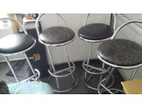 4x Chrome/Black bar stools