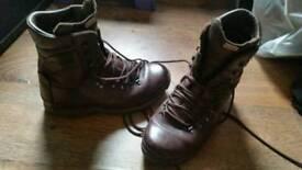 Alt Berg Brown Combat Hiking Walking Boots 8