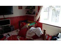 i have a 1 bed flat strelley want 1/2 strelley bilborough